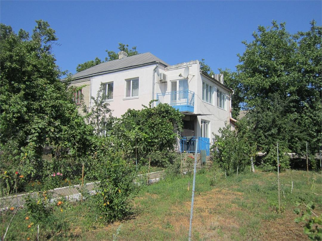 Продам дом в Онуфриевке. 100 кв.м. 30 мин. от Кременчуга. 15 соток.