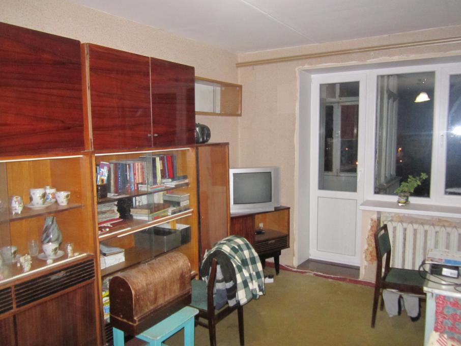 Продам 1 комн. квартиру в Кременчуге 5/9 кирп. Г.Бреста 33 кв.м.